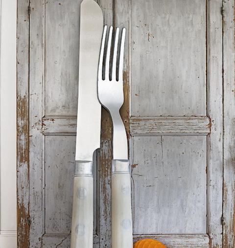Nagy villa és kés dekoráció