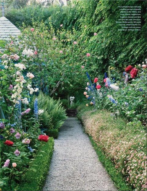 Buja virágoskert