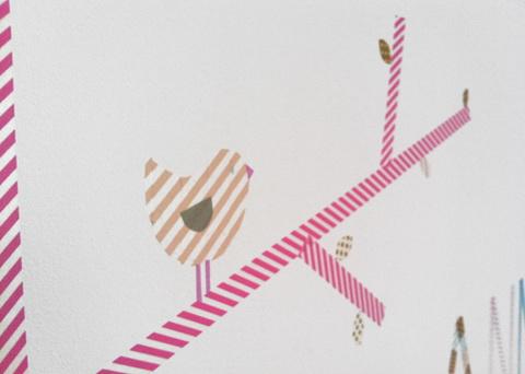 dekortapasz washi tape madár a falon