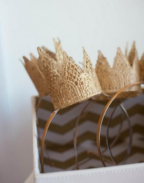 csipke korona hajpánton