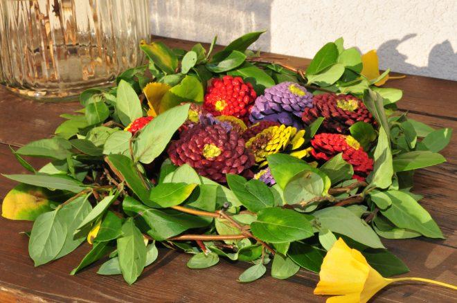 festett-toboz-virag-dekorella