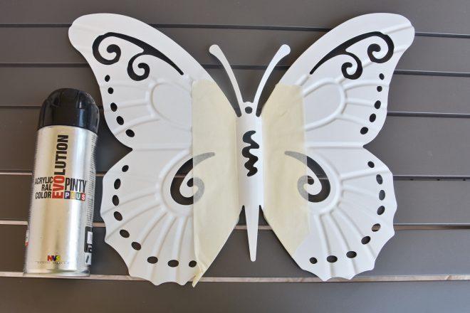 Spray festett pillangó